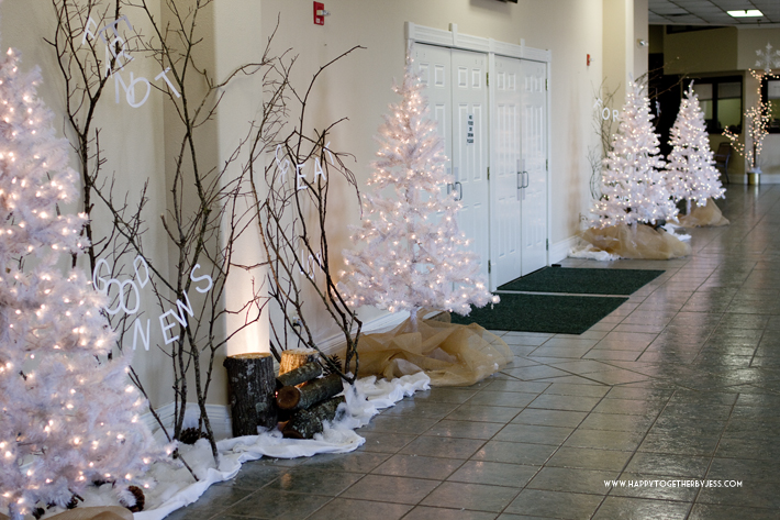 Church Christmas Foyer Decorations Hy Together